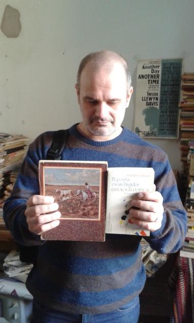 Ernesto, cuaderno por un Pessoa.